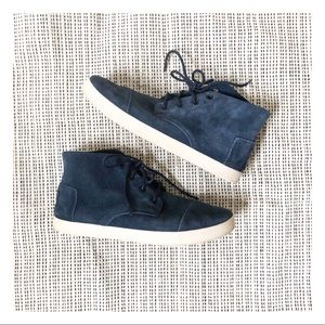 🆕 TOMS Paseo blue suede leather chukka boat shoes